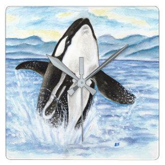 シャチのクジラを破る水彩画 スクエア壁時計