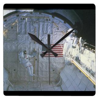 シャトルBay_Space スクエア壁時計