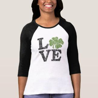 シャムロックとのSt patricks day愛 Tシャツ