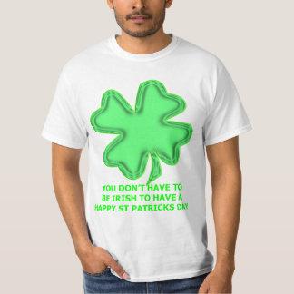 シャムロックのセントパトリックの日のワイシャツ Tシャツ