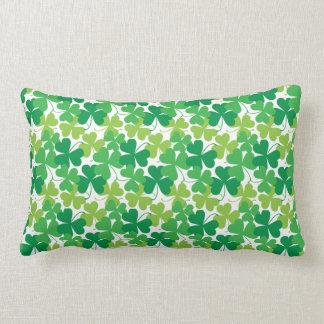 シャムロックのプリントの枕、アイルランドの装飾 ランバークッション
