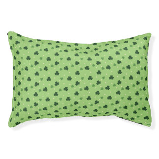 シャムロックパターン犬のベッド