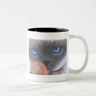 シャム猫およびかたつむりのマグ ツートーンマグカップ