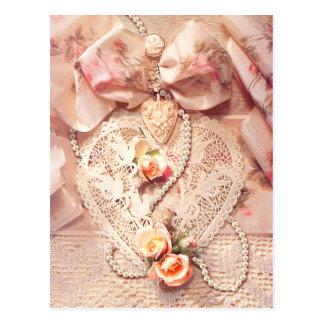 シャロンSHARPE著レースのハート、バラ及び真珠 ポストカード