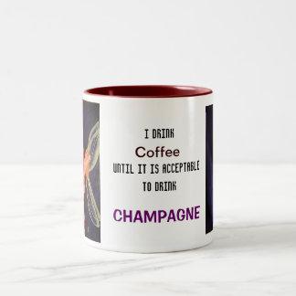 シャンペンのマグ ツートーンマグカップ