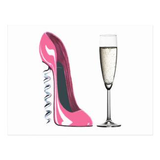 シャンペンピンクのコルクせん抜きの小剣の靴およびガラス ポストカード