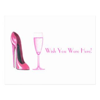 シャンペンピンクの小剣の靴およびガラス ポストカード