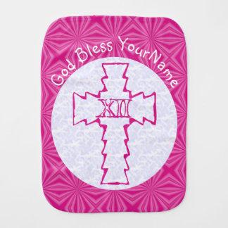 ショッキングピンクのジグザグ形のキリスト教の十字の白 バープクロス