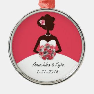 ショッキングピンクの婚礼衣裳の新婦付添人のオーナメント メタルオーナメント