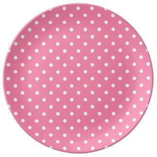 ショッキングピンクの小さく白い水玉模様 磁器プレート