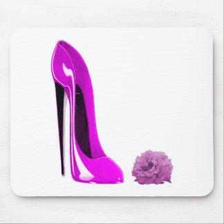 ショッキングピンクの小剣の靴は上がり、 マウスパッド