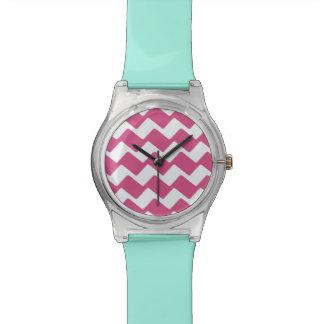 ショッキングピンクの波状のシェブロン 腕時計