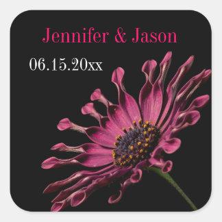 ショッキングピンクの紫色のアフリカデイジーの結婚式のシールのステッカー スクエアシール