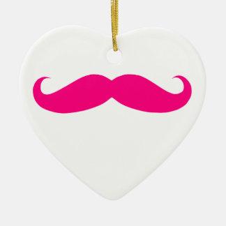 ショッキングピンクの髭のテンプレート 陶器製ハート型オーナメント