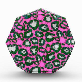 ショッキングピンクのSpearmintのチータの抽象芸術 表彰盾