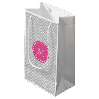 ショッキングピンク、灰色のシェブロン|あなたのモノグラム スモールペーパーバッグ