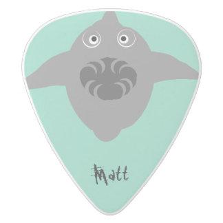 ショーの歯を搭載する鮫は、名前を加えます ホワイトデルリン ギターピック