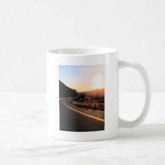 シリーズは-乗ろう コーヒーマグカップ