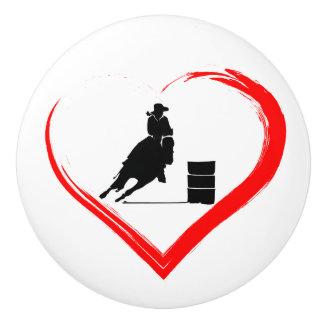 シルエットのバレルの競走馬および赤いハート セラミックノブ