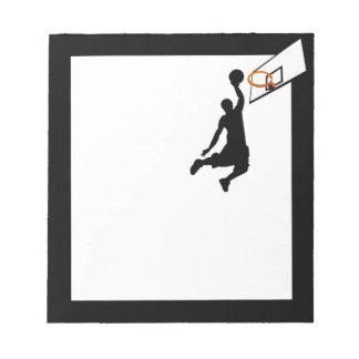 シルエットの確実のバスケットボール選手 ノートパッド