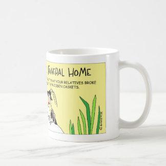 シロアリおよび葬儀場 コーヒーマグカップ