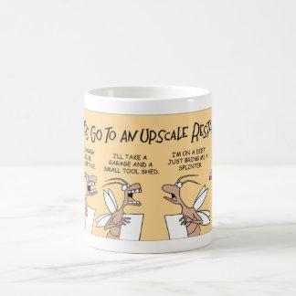 シロアリは食べることを出かけます コーヒーマグカップ