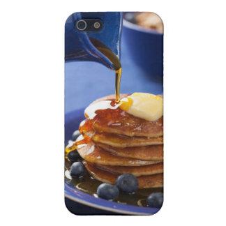 シロップおよびブルーベリーが付いているパンケーキ iPhone SE/5/5sケース