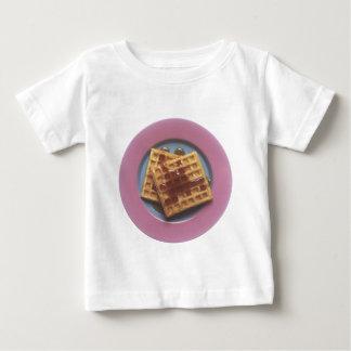 シロップが付いているワッフル ベビーTシャツ