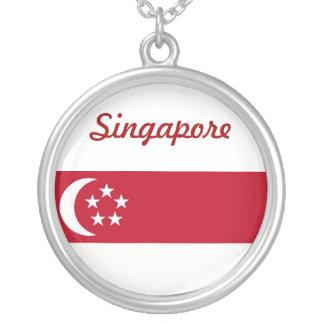 シンガポールの旗のデザイン シルバープレートネックレス