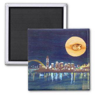 シンシナチのスカイラインの木製の月の磁石 マグネット