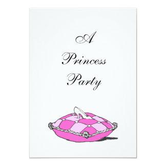シンデレラのスリッパのピンクの枕プリンセスのパーティー カード