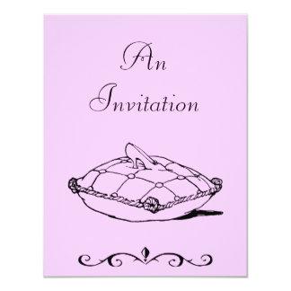 シンデレラのスリッパのヴィンテージの芸術の招待状のテンプレート カード