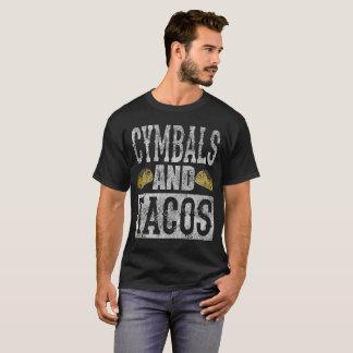 シンバルおよびタコスのおもしろいなマーチングバンドのタコスDistres Tシャツ