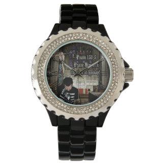 シンバルの衝突との彼を賞賛して下さい 腕時計