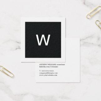 シンプルでエレガントな白黒のモノグラムのコンサルタント スクエア名刺