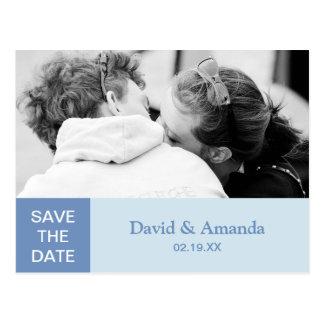 シンプルで青い色のブロックのカップルの写真の保存日付 ポストカード