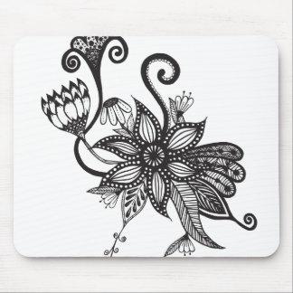 シンプルで黒く及び白いもつれの花 マウスパッド