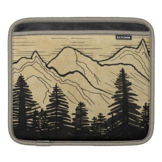 シンプルな山および森林 iPadスリーブ