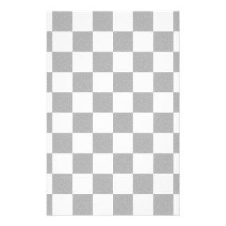 シンプルな織り目加工のチェッカーボード 便箋