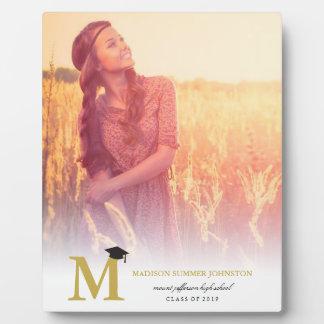 シンプルな金ゴールドのモノグラムのモダンな写真の卒業のイーゼル フォトプラーク