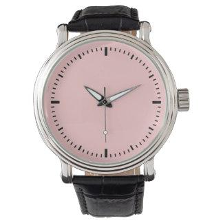シンプルな顔の腕時計の暗闇 腕時計