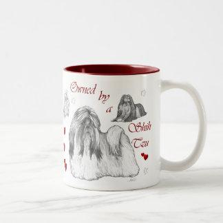 シーズー(犬)のTzuの恋人のギフト ツートーンマグカップ