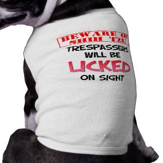 """""""シーズー(犬)のTzuの""""犬のワイシャツ用心して下さい ペット服"""