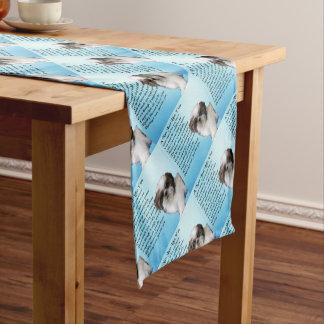 シーズー(犬)のTzu犬-ナンの詩 ショートテーブルランナー