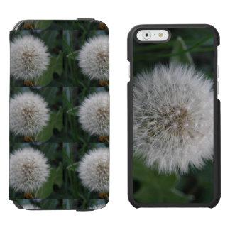 シードのタンポポの花のiPhoneのウォレットケース Incipio Watson™ iPhone 5 財布型ケース