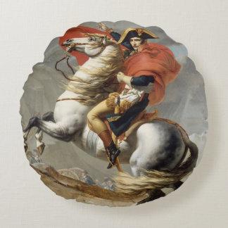 ジェイクスルイデイヴィッド著アルプスを交差させているナポレオン ラウンドクッション