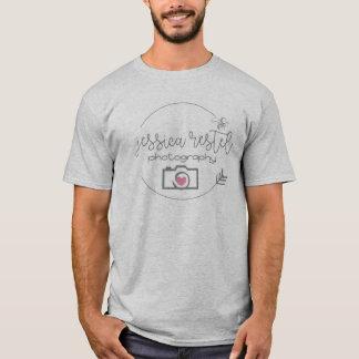 ジェシカRestelの写真撮影の灰色のTシャツメンズ Tシャツ