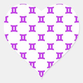 ジェミニは紫色を模造します ハートシール
