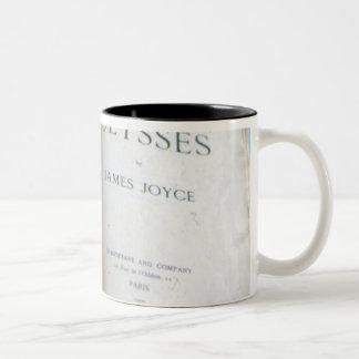 ジェームスジョイス著「ウリッセース」のFrontispiece ツートーンマグカップ