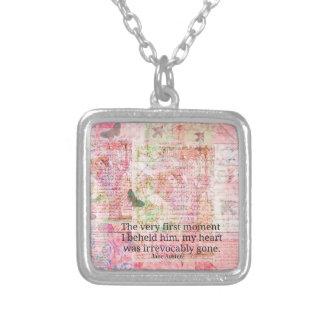 ジェーンAusten愛ロマンスの引用文の文字の芸術 シルバープレートネックレス